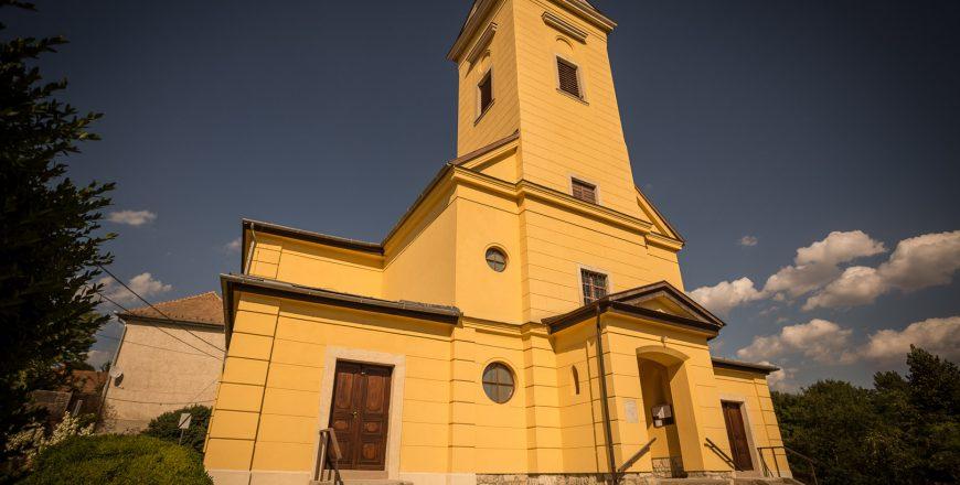 Szűz Mária Neve Templom  – Biatorbágy